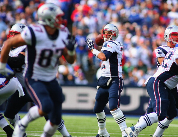 Patriots Steam Roll Bills for 45 Second Half Points in 52-28 Wi…