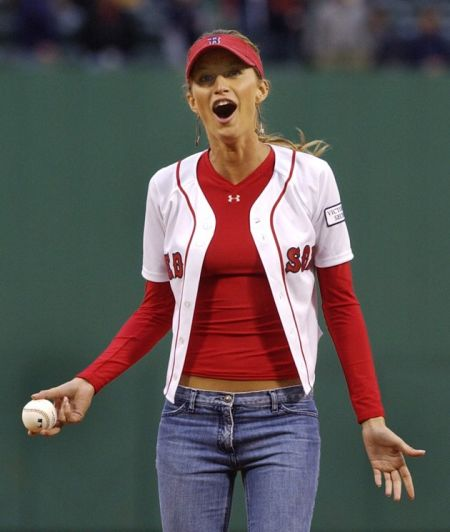 Tom Brady Website >> Boston Redsox gallery: The Famous supporters of the Redsox - Patriots Gab