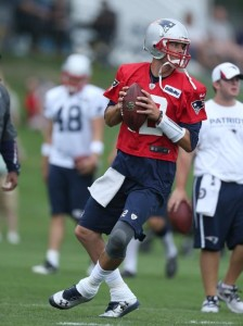 Tom Brady throwing Photo by David Silverman