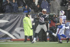 LeGarrette Blount strides into the endzone Photo By: Keith Nordstrom