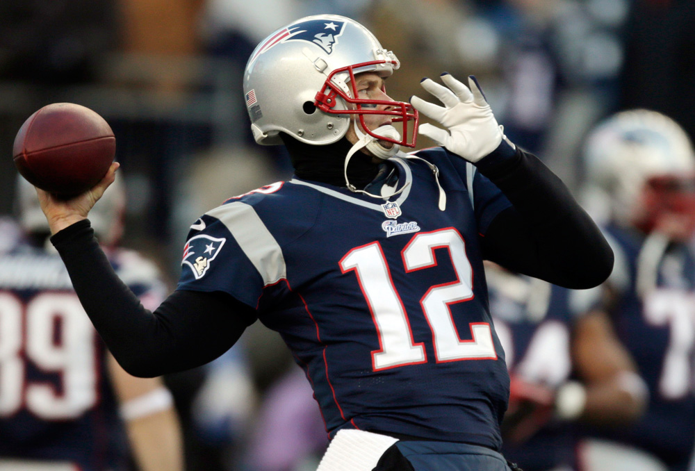 Brady Back On The Practice Field For Patriots