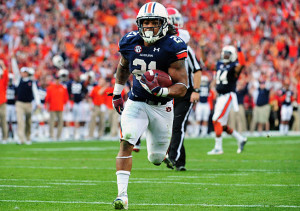 Auburn's Rb Tre Mason broke Bo Jackson's school record with 2,137 all - purpose yards in 2013. Photo By: Scott Cunningham/Getty Images