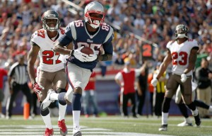 Kenbrell Thompkins scores against Tampa Bay. Photo By: ELISE AMENDOLA/ASSOCIATED PRESS