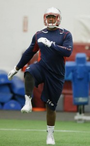 Dominique Easley stretches.  Photo By: AP