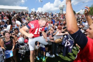 Ryan Mallett is celebrating his Brady autograph! (Photo By David Silverman)