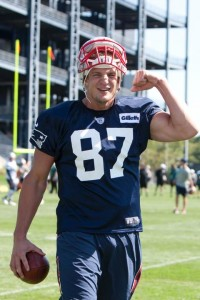 Typical Gronk (Photo By Martin Morales)