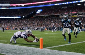 Shane Vereen reaches for his 2nd score of the night (Photo From Patriots.com)