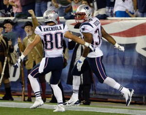 Shane Vereen catches a Brady pass and takes it 40 yards for the TD (Photo From Patriots.com)