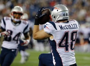 Taylor McCuller catches a TD pass. (Photo From Patriots.com)