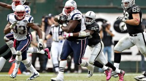 The Patriots look for their 2nd straight win. (Photo By: Ezra Shaw)