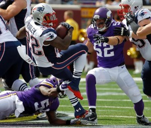 Stevan Ridley finds the end zone and 100 yards in week 2. (Photo By: Assoicated Press)