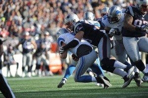 Rob Ninovich with the sack. (Photo By: Keith Nordstrom)