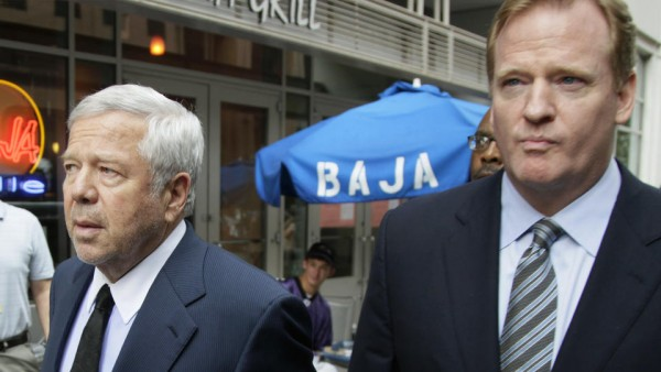 New England Patriots owner Robert Kraft, left, and NFL football Commissioner Roger Goodell arrive at the NFL Players Association in Washington, Monday, July 25, 2011. (AP Photo/Carolyn Kaster)