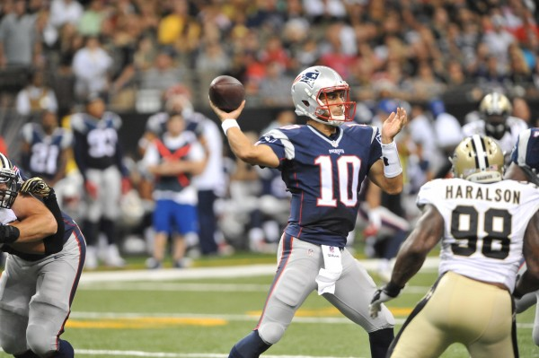 Jimmy G throws a pass against the Saints. (Photo By: Keith Nordstrom)