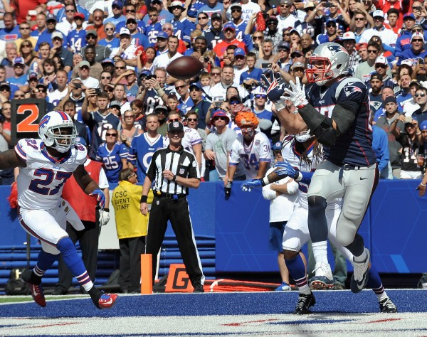 Gronk with the touchdown catch. (Photo By: Keith Nordstrom)