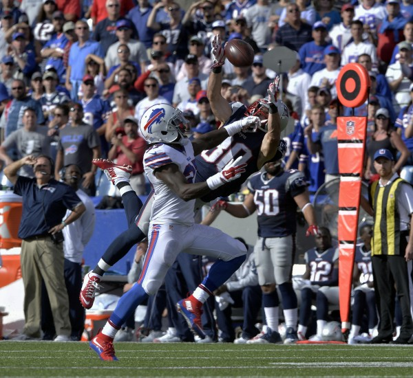 Danny Amendola made a jaw dropping catch on Sunday. (Photo By: Keith Nordstrom)
