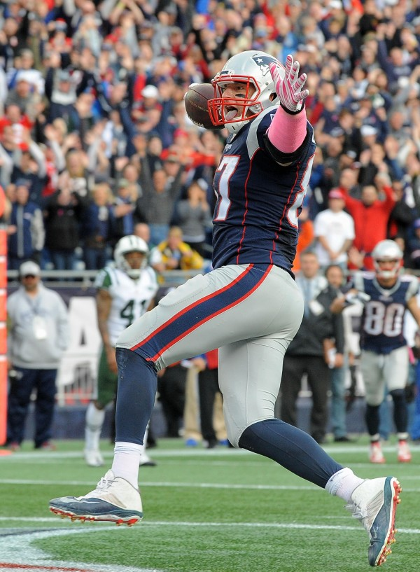 Gronk celebrates a touchdown against the Jets. (Photo By: Keith Nordstrom)