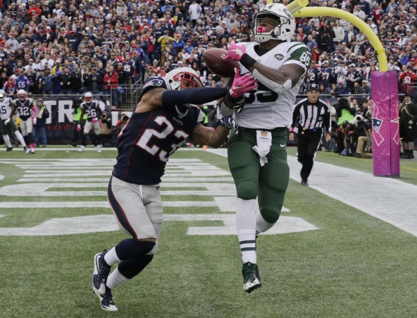 Patrick Chung breaks up a touchdown pass to the tight end. (AP Photo/Charles Krupa)