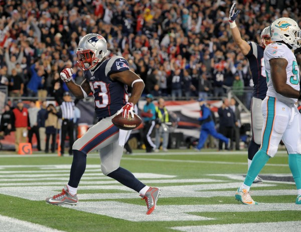 Dion Lewis struts into the end zone. (Photo By: Keith Nordstrom)