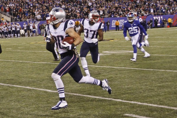 Danny Amendola with a huge punt return to the 5 yard line. (Photo By: AP Photo/Gary Hershorn)