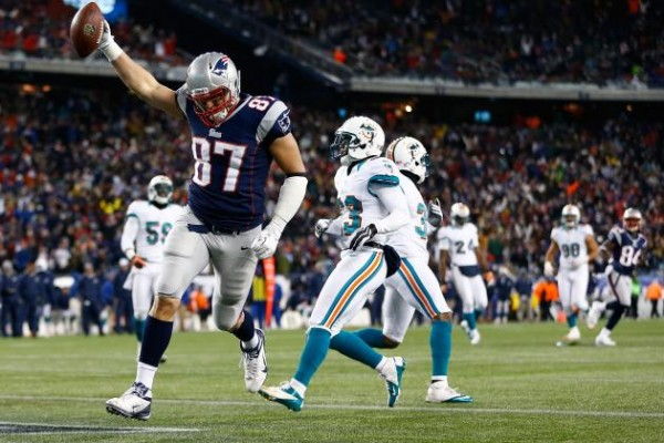 Gronk celebrated a touchdown against the Dolphins in the 2015 season first meeting. (Photo From Bleacher Report.com)