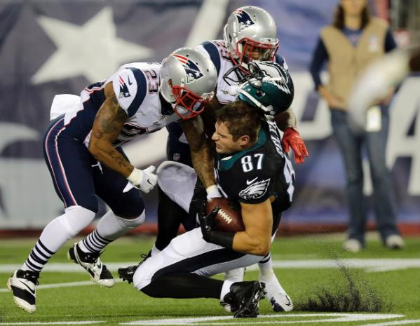 The Patriots defense Vs The Eagles tight ends will be the biggest matchup on Sunday. (Photo From Patriots.com)