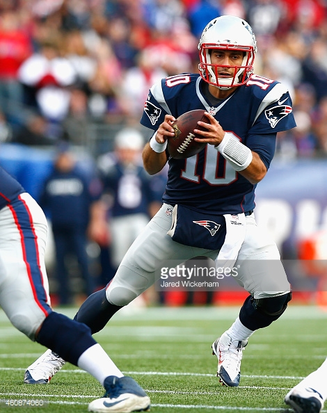 Jimmy Garoppolo and the new look Patriots' offense will take on one of the better offenses tonight. (Photo From: Jared Wickerham/ Getty Images)